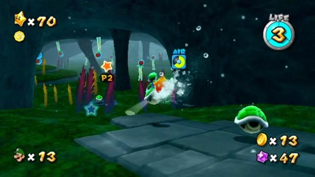 Luigi in a larger underwater cave, with carved stones set into the floor and seaweed.